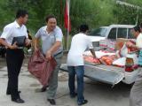 水务集团慰问驻村干部